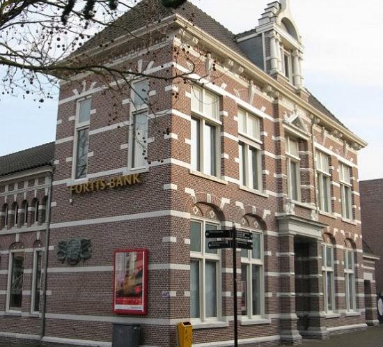 AlphenaandenRijn-nutsgebouw